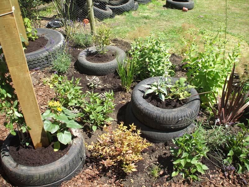 final pics of pulham garden 020.jpg