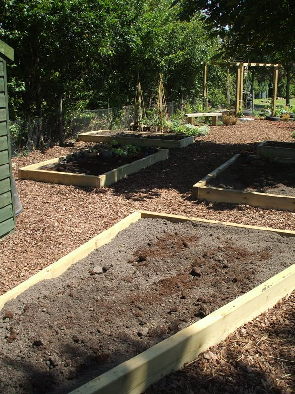 final pics of pulham garden 006.jpg
